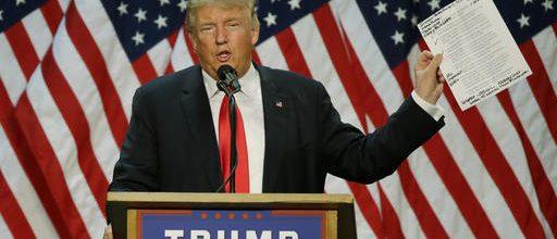 Trump derides Republicans and Democrats