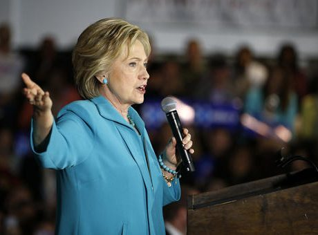 Clinton targets Tump's profiteering