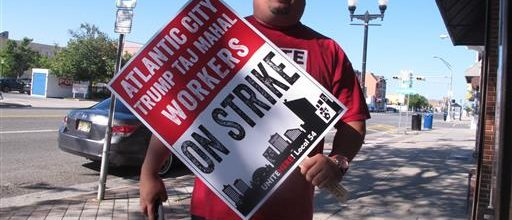 Union workers strike at Trump Taj Mahal
