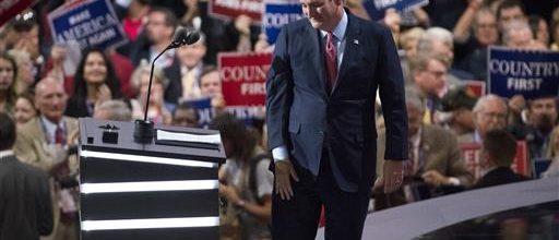 Cruz draws boos after failing to endorse Trump