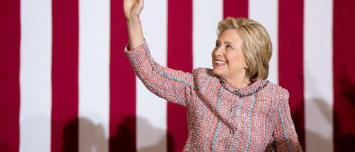 Clinton back on campaign trail