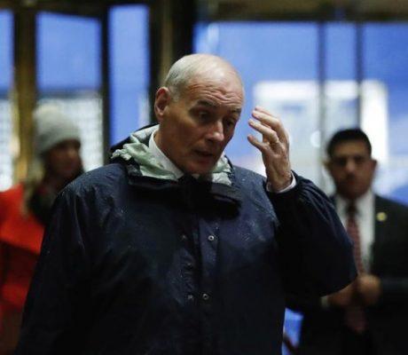 Trump names Gen. Kelly for Homeland boss