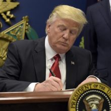 Trump to sign new order on immigrants