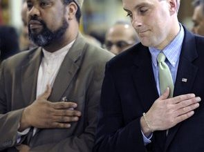 White House praises Muslims: Get jump on House hearings