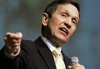 Kucinich retreats from impeachment of Obama