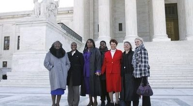 Supreme Court appears to lean towards Wal-Mart in sex case