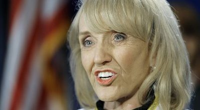 Arizona governor slaps down 'birther' law