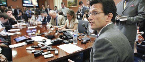Obama hosts debt talks
