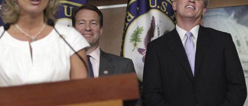 Dysfunctional Republicans spotlight Capitol Hill chaos