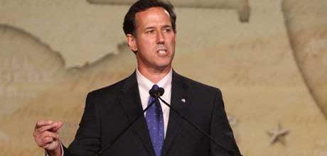 Santorum stepping up attacks on Romney, Paul