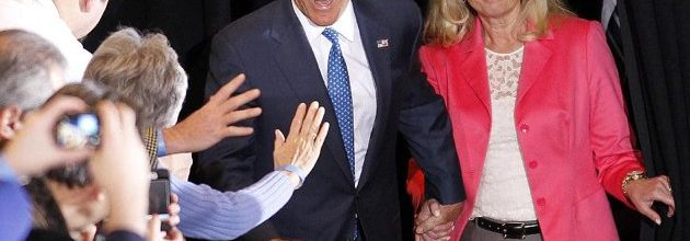 Romney pads delegate lead but still has long way to go