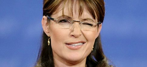 Takes one to know one?  Sarah Palin calls Nancy Pelosi a 'dingbat'