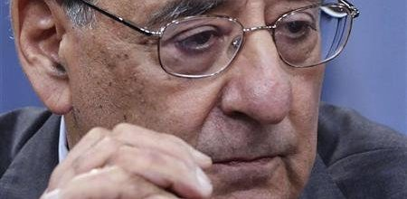 Panetta, angry over leaks, orders Pentagon to monitor media