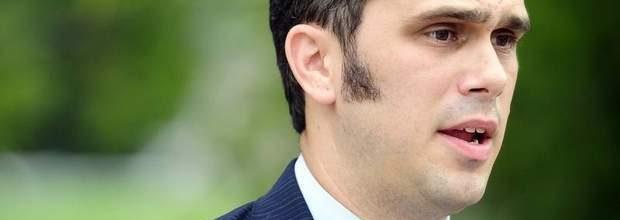 Tennessee Democrats disavow gay-bashing Senate primary winner