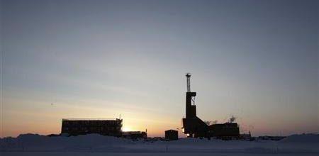 Alaska slashes oil prices; hopes to spur production