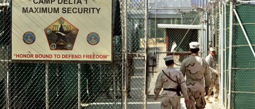 Obama faces fight with fellow Dems over closing Gitmo