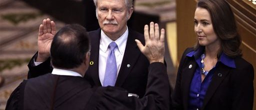 Pressure increases for Oregon governor to resign
