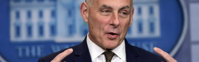 Trump politicizes fallen vets, angers Kelly