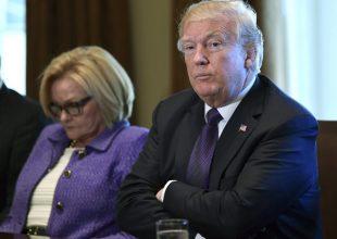 Trump disrespects fallen vets, ignites firestorm