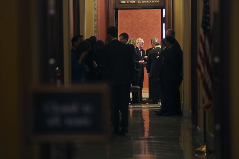 Bipartisan Senate Group Scrambles to End Shutdown